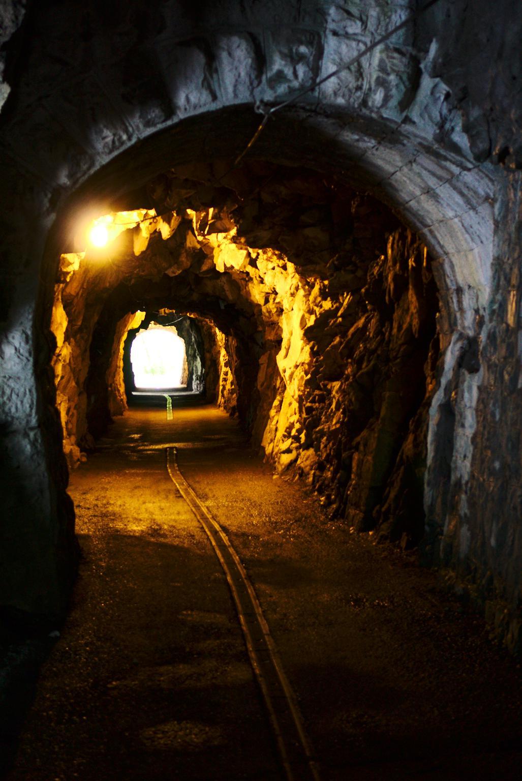 {filename}/img/walensee-tunel.jpg